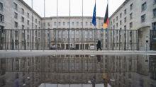 Olaf Scholz holt Goldman-Sachs-Chef und einen Bahn-Vorstand ins Finanzministerium