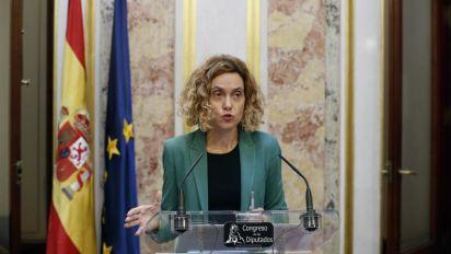 La mayoría de PSOE y U. Podemos en la Mesa rechaza reconsiderar los acatamientos
