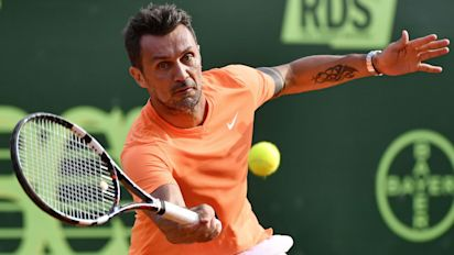 Paolo Maldini beaten in 42 minutes on professional tennis debut