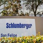 Schlumberger, Baker Hughes warn of weak fourth quarter