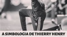 Thierry Henry se ajoelha para ficar ainda maior