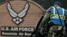 Qué hay detrás de la decisión de Trump de retirar de Alemania casi 12.000 soldados de EE.UU. (y cómo favorece a Rusia)