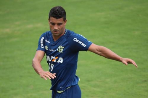 Em jogo-treino no Ninho do Urubu, Fla vence o Ceres; Ederson marca