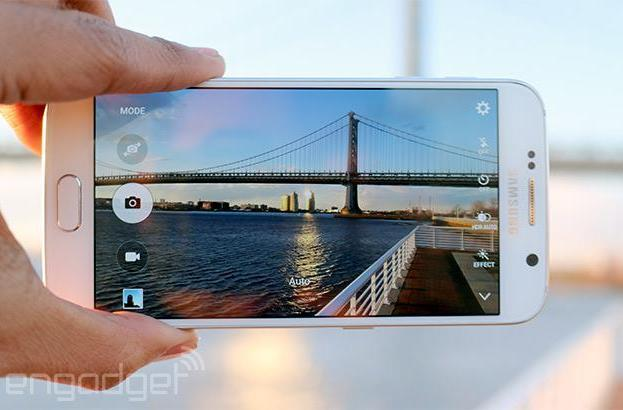 Samsung's Galaxy S6 uses 'several' different camera sensors