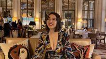 Jovem com decote é impedida de entrar noMuseu d'Orsay, em Paris; institução pede desculpas