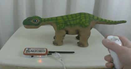 Video: surviving Pleo loses remaining autonomy, gets controlled by Wii Nunchuk