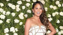 Chrissy Teigen reacts brilliantly after showing a lot more than planned at John Legend gig