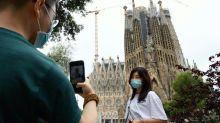 Espagne: à Barcelone, la Sagrada familia rouvre en hommage aux soignants