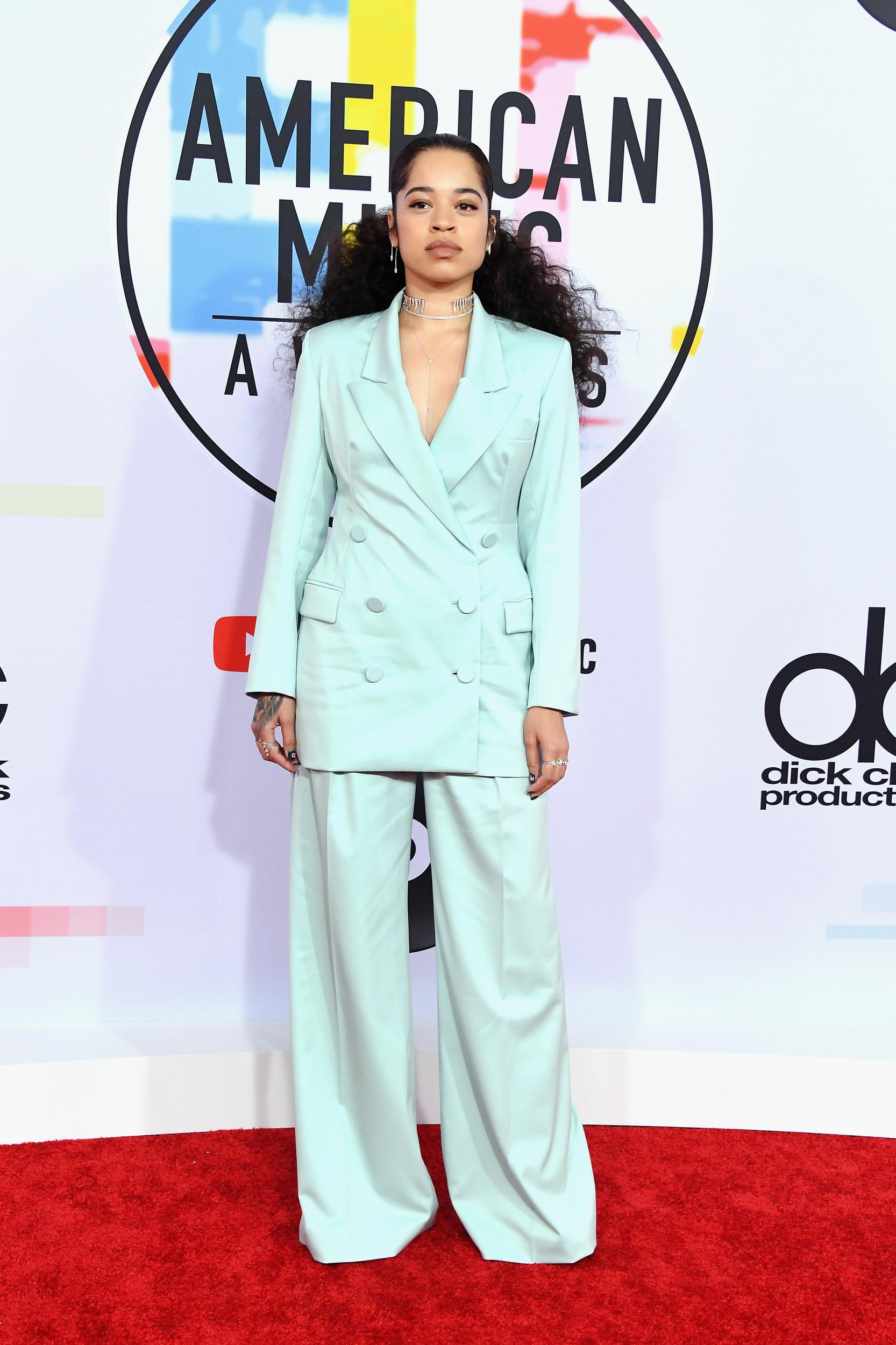 LOS ANGELES, CA - OCTOBER 09: Ella Mai attends the 2018 American Music Awards at Microsoft Theater on October 9, 2018 in Los Angeles, California. (Photo by Steve Granitz/WireImage)
