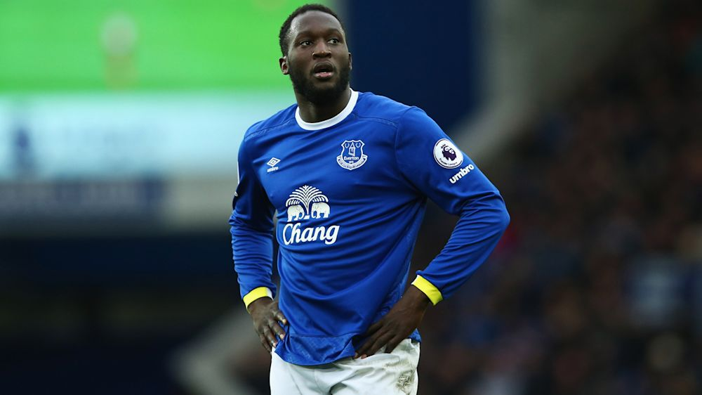 Koeman tells Lukaku to stay another season