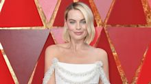 Margot Robbie Repaired Her Own Oscars Dress After a Near Wardrobe Malfunction