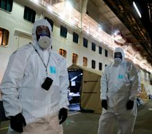 Ruby Princess: Police raid Sydney cruise ship to seize black box after coronavirus deaths