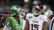 Superdome lights briefly go out immediately after Troy TD