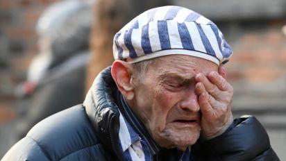 Auschwitz survivors return 75 years after liberation
