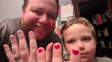 Dad's epic response to bullies who ridiculed his son for wearing nail varnish