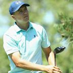 Spieth grabs Travelers lead with late birdie
