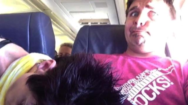Plane Etiquette When Someone Falls Asleep on Your Lap