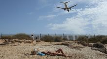 UK urged to refine quarantine plans after Spain criticism