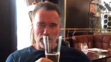 Bicicleta, gimnasio y cerveza: el entrenamiento de Schwarzenegger para 'Terminator 6' ¡a los 71 años!
