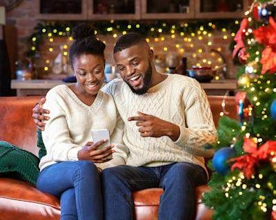 How to make a holiday Zoom gathering more memorable