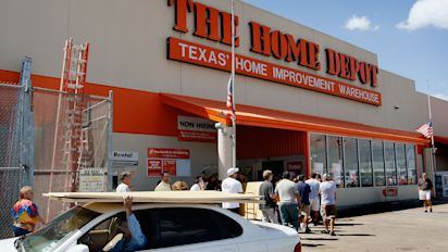 Home Depot, Kohl's earnings — The day ahead