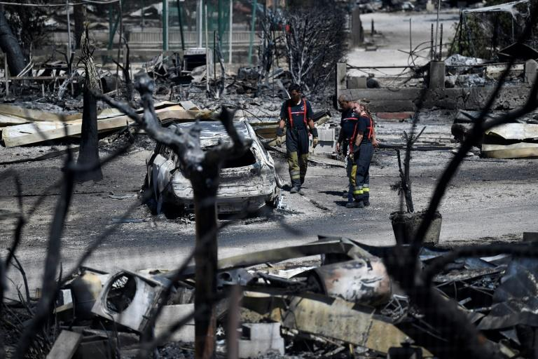 Camp sites were reduced to ashes (AFP Photo/CHRISTOPHE SIMON)