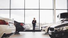 Comprar un auto nuevo, el mayor error que puedes cometer con tu dinero, según millonario