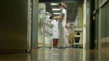 Suisse: un nourrisson meurt du Covid-19 après avoir été contaminé à l'étranger