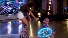 Katy Perry suffers wardrobe malfunction on otherwise perfect 'American Idol' episode