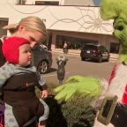 Not so mean Mr.Grinch brings in holiday cheer to Houston
