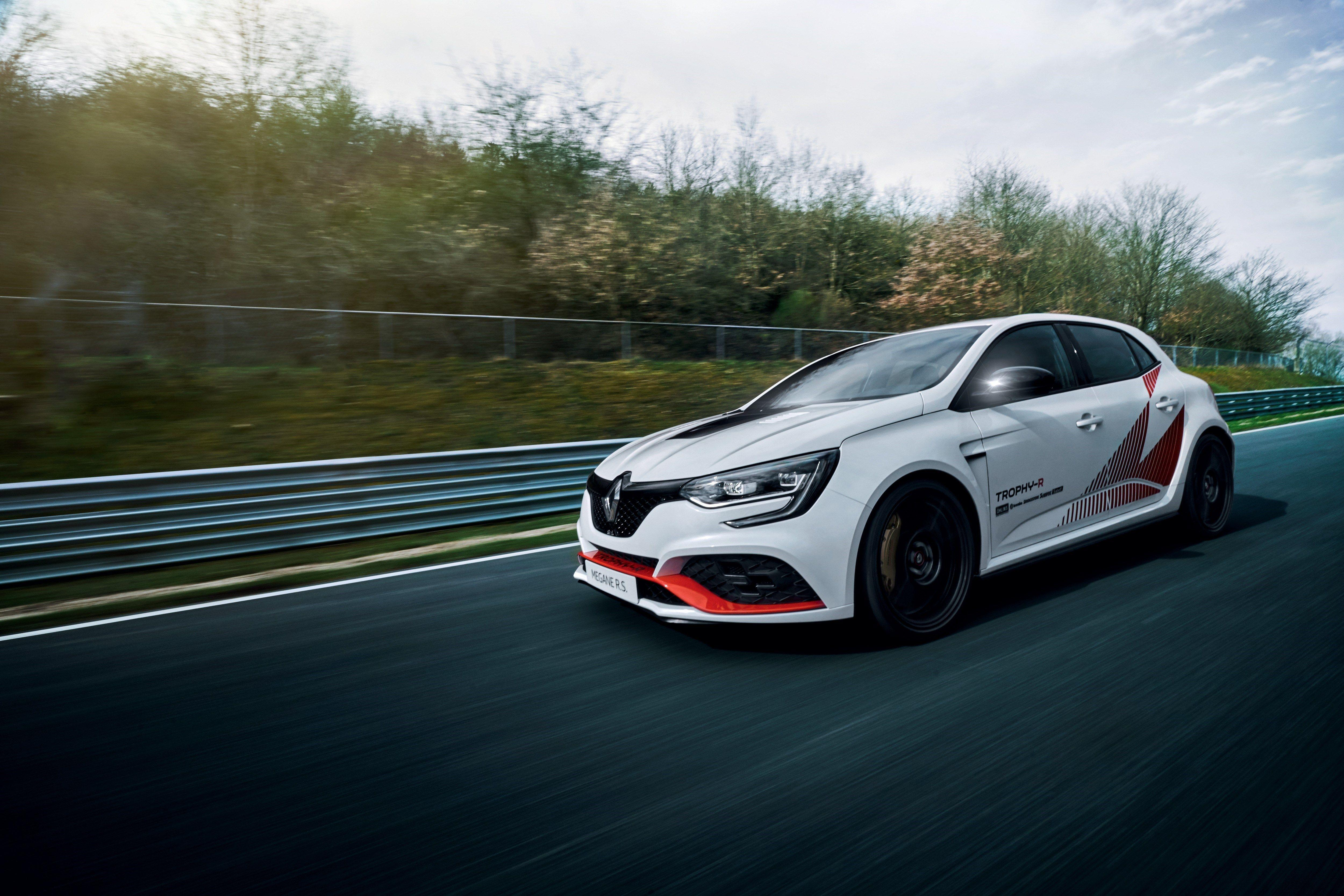 17 of the Fastest Four-Doors Around the Nurburgring