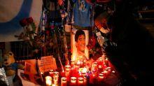 Nápoles se une en el dolor por la muerte de su hijo adoptivo Maradona