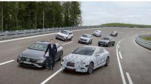 鋰電池ETF創歷史新高!賓士:砸大錢迎接電動車世代