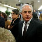 Corker tepid in support of fellow Republican in Senate race in Tennessee