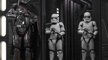 """C-3PO trifft Nirvana: Dieser Künstler bringt """"Star Wars"""" und legendäre Albumcover zusammen"""