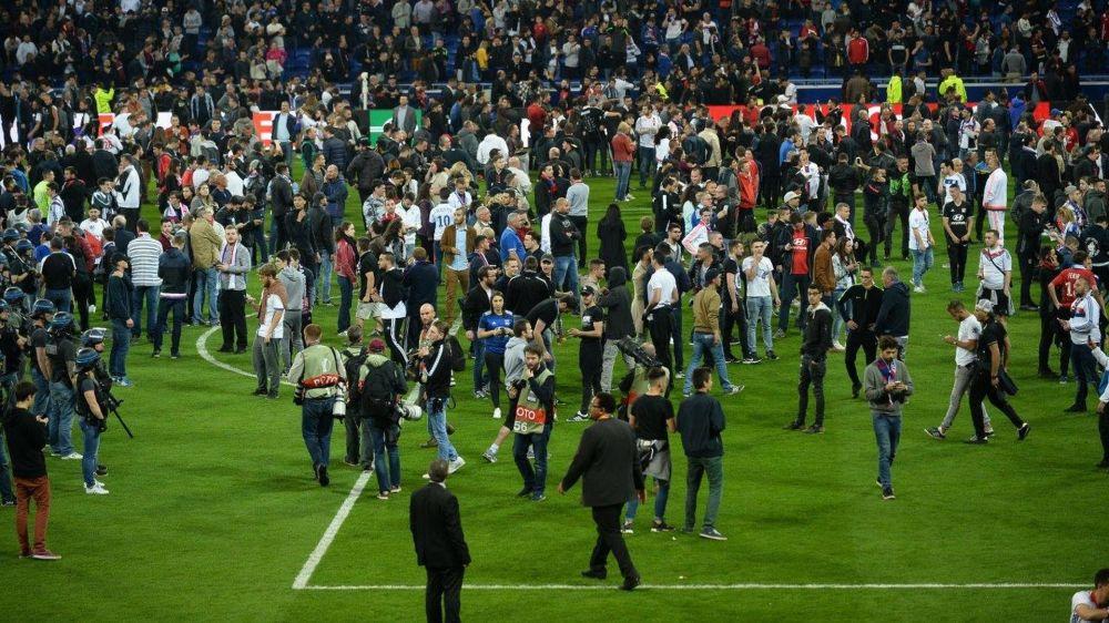 L'UEFA ouvre des procédures disciplinaires contre Lyon et Besiktas