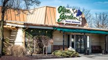 Darden Restaurants Breaks Out Into Buy Zone As Olive Garden Parent Tops Earnings Views