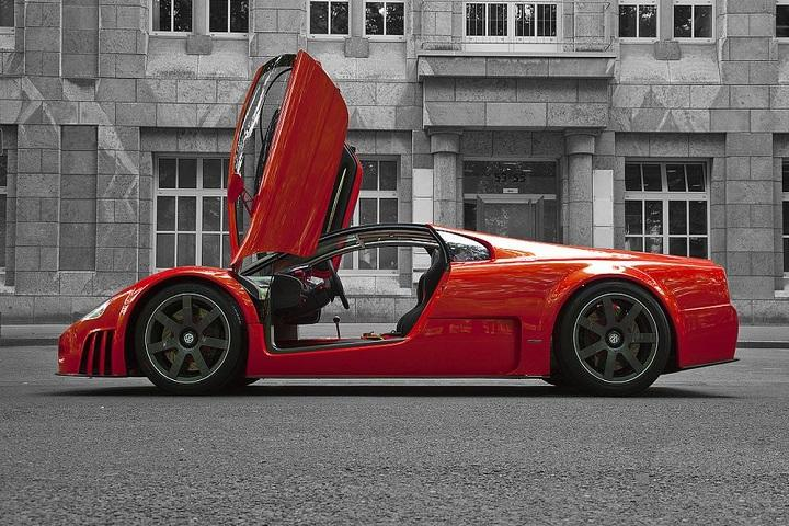 The Record Setting 2001 Volkswagen W12 Concept