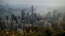 Bolsa de Hong Kong supera 30 mil pontos pela primeira vez em 10 anos