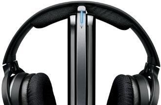 Philips showcases wireless SHD9100 headphones