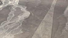A Nazca in Perù scoperto per caso il geoglifodi un gatto gigante
