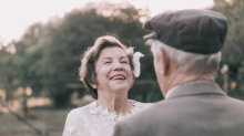 Couple finally gets dream wedding shoot -- 60 years later