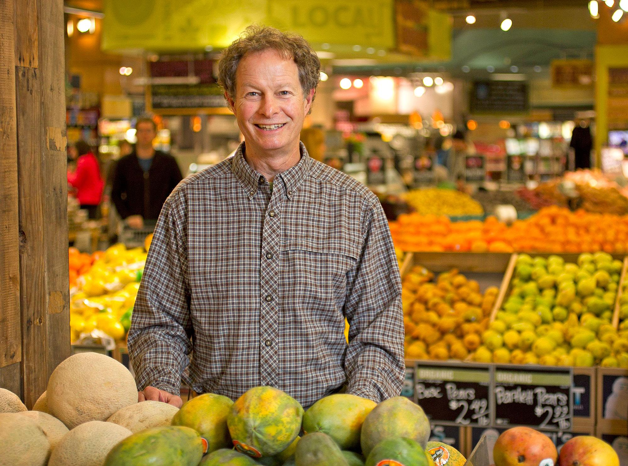 organizational behavior john mackey whole food market John mackey, founder and ceo of the whole foods empire, started his original health-food store, called safer way, in a garage in austin, texas, in mackey, meanwhile, has emerged as both a hero and antihero of the environmental movement on the one hand, he makes no apologies for running a.