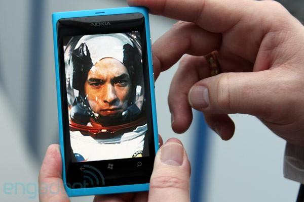 Windows Phone Apollo coming 'middle of next year,' says Nokia VP