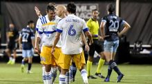 Salinas strikes in stoppage time as Quakes rally stuns Whitecaps