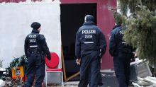 Polizeieinsatz: Großrazzia gegen Waffenschmuggler: Vier Personen verhaftet