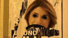 Municipales 2020 à Marseille: Altercation entre les équipes de Vassal (LR) et de Gilles (DvD) lors d'un collage d'affiche