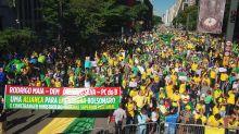 Deputada do PSL ouve gritos de 'fora' em protesto na Paulista