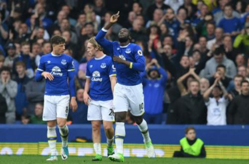Inglês: Everton vence e respira pela Liga Europa, enquanto Leicester tropeça antes da Champions