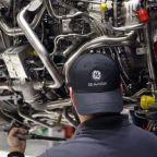 GE Warns of Weak First Quarter, Pulls Financial Forecasts